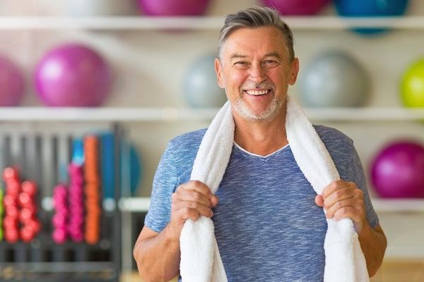 Мужчина и упражнения