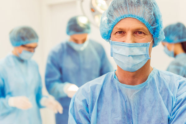 Хирург в урологии